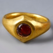 Roman Gold Ring with Carnelian Stone