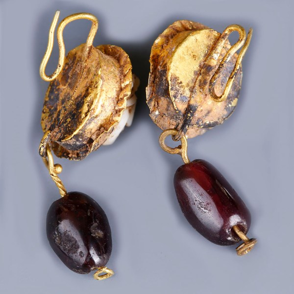 Ancient Roman Earrings with Medusa Cameo