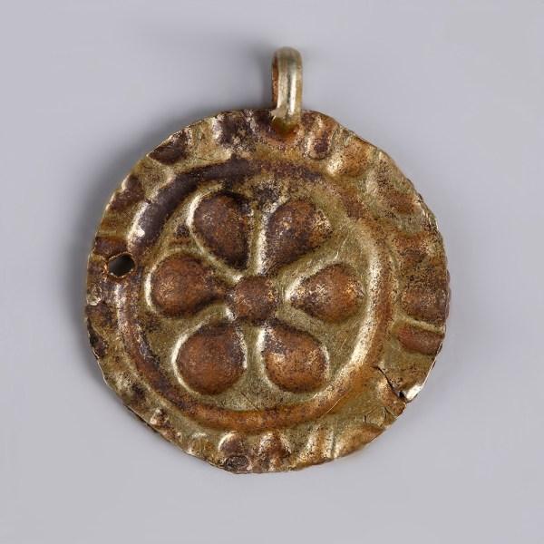 Byzantine Gold Repoussé Medallion Pendant with Rosette Motif