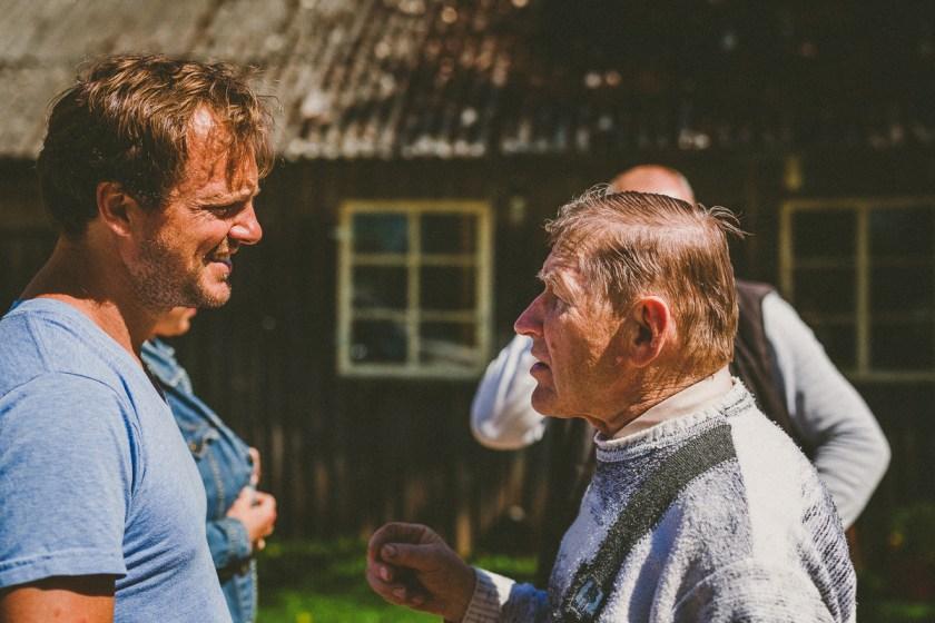 Att resa i färg: en hampafarm i Adzelviesi – Lettland