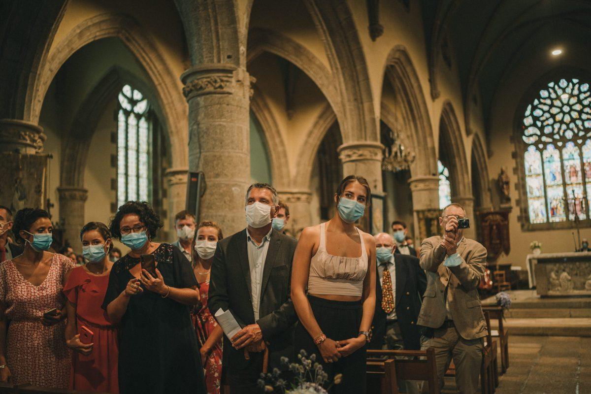 Photo de mariage à l'église de Plouarzel en Bretagne - Photographe de mariage à Brest - Antoine B