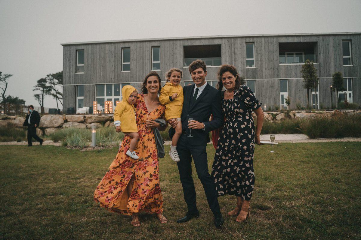 Photo de mariage à la Colonie de Trézien à Plouarzel - Photographe de mariage à Brest - Antoine B