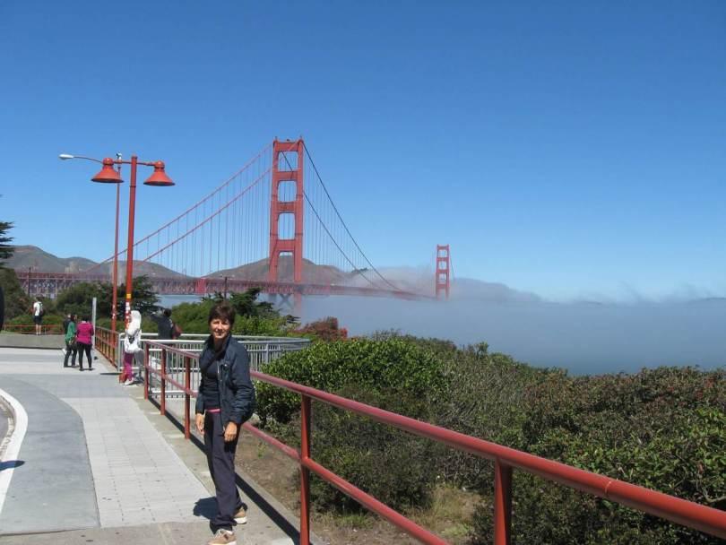 Antonietta Polcaro al Golden Gate di San Francisco.