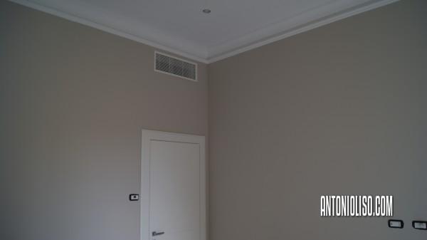 Esempio di pareti beige e porpora in un soggiorno moderno. Tinteggiatura Interni Trova Nuove Idee Per L Imbiancature