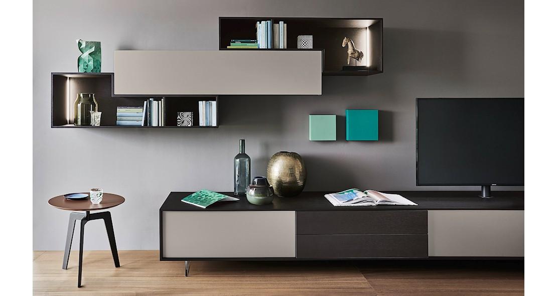 composition meuble tv avec elements suspendus