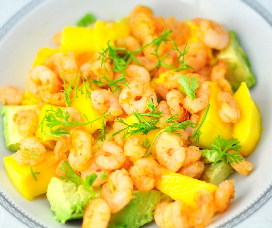 AVOCADO MANGO SHRIMP SALAD IN 10 MINUTES
