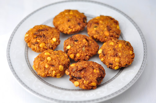 22 easy vegetarian finger food recipes antos kitchen masala vada paruppu vadai is a spicy and crunchy appetizer with channa dal and spices it is easy and simple to make in 20 minutes apart from a soaking forumfinder Images