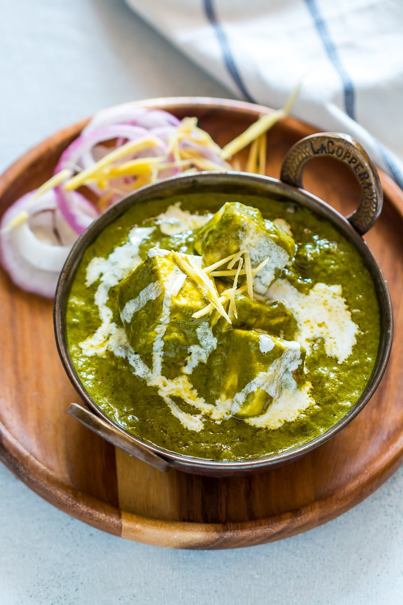 Easy-Palak-Paneer-Cottage-Cheese-in-Spinach-Gravy-5