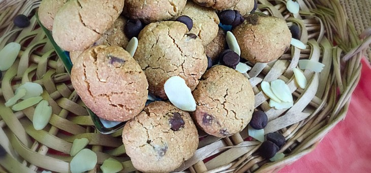 Whole wheat Oats Almond Choco chip Cookies