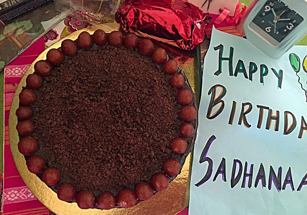 Eggless Chocolate Gulab Jamun Cake