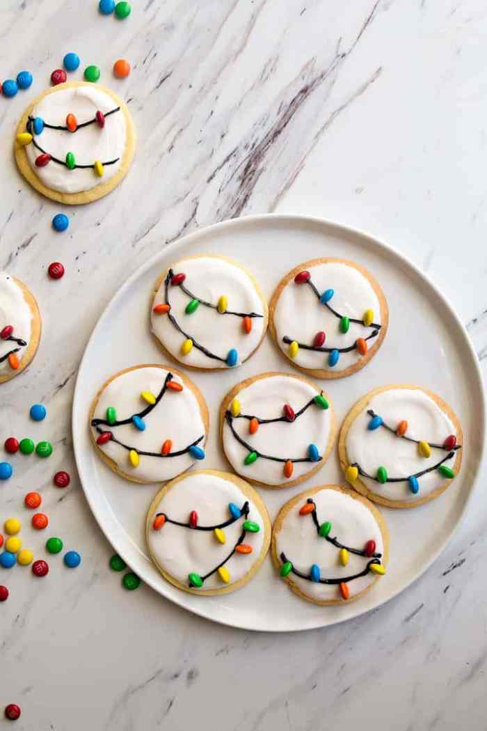 19 Christmas Cookie Recipes that Santa will Love