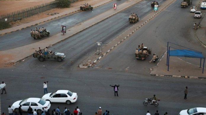 इस साल जनवरी में खार्तूम में सुरक्षा बलों की फाइल फोटो
