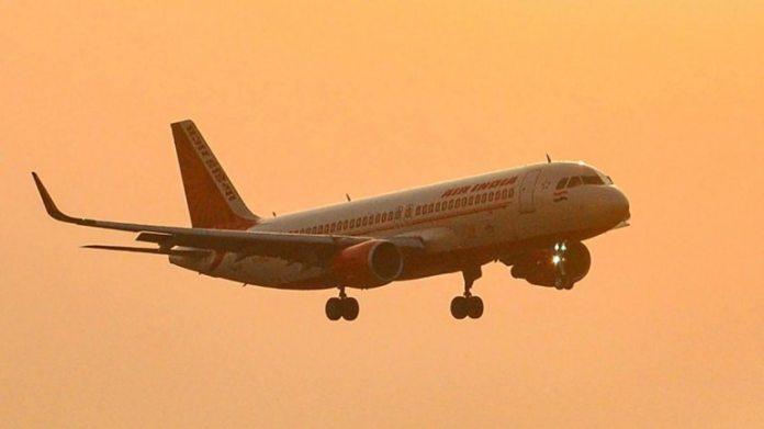 दिल्ली-मुंबई की फ्लाइट टिकट 10 हजार रु।: सरकार का कहना है कि 3 महीने के लिए घरेलू हवाई किराए को विनियमित किया जाएगा