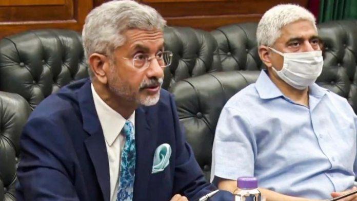 विदेश मंत्री एस जयशंकर ने कहा कि सरकार ने आयोग के सर्वेक्षणों को मजबूती से खारिज कर दिया है, जिसमें भारतीय नागरिकों के अधिकारों के बारे में बहुत कम जानकारी थी, इसे पक्षपाती और पक्षपातपूर्ण बताया। (फाइल फोटो: पीटीआई)
