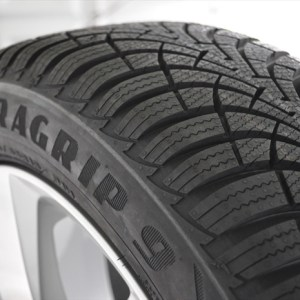 Anvelopa IARNA GOODYEAR 195/65R15 91T UG 9 MS