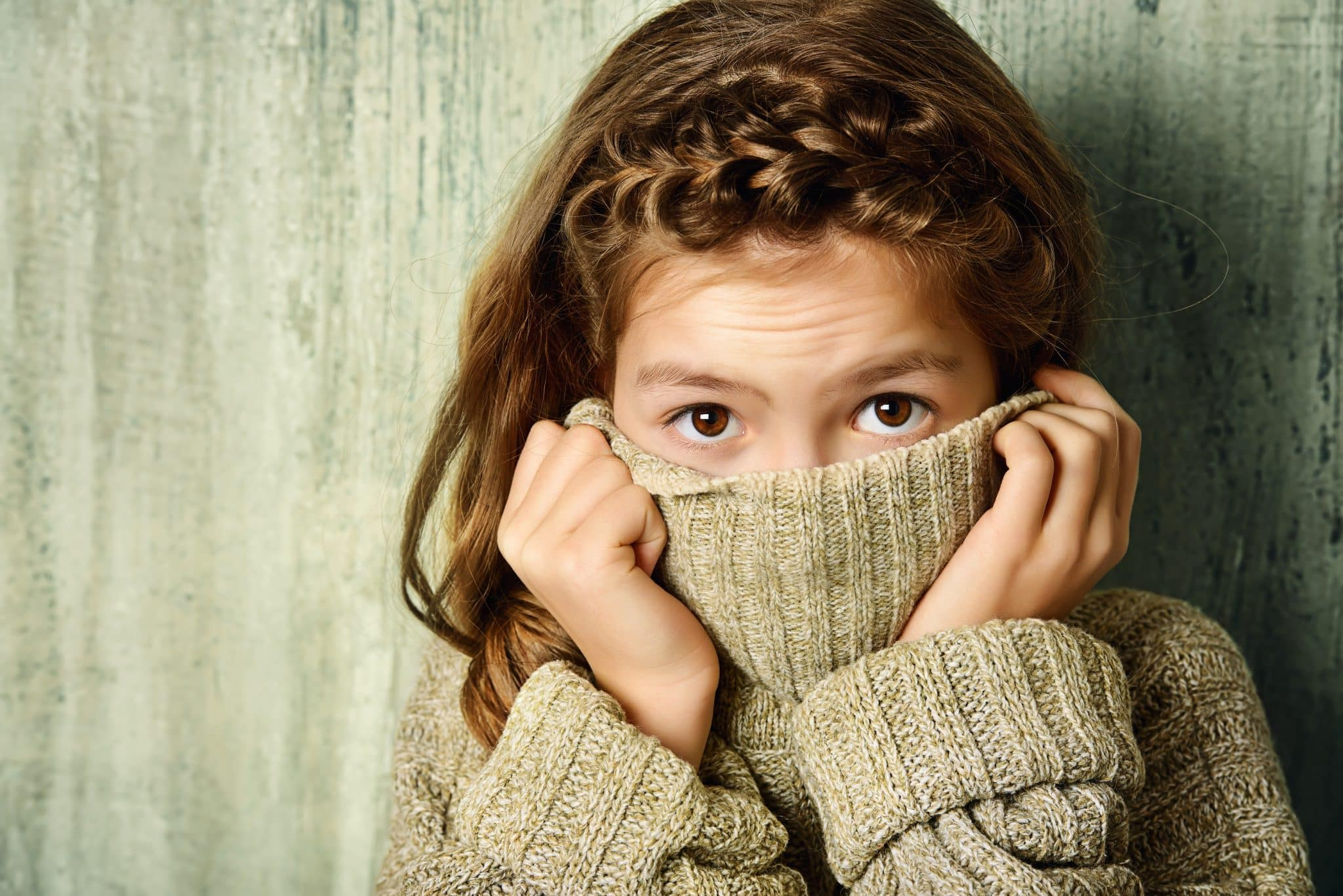30 Signs of Social Anxiety in Children: When it is Beyond ...