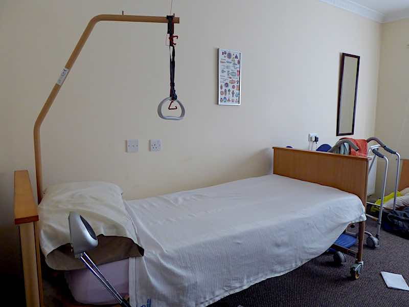 sheltered accommodation bedroom