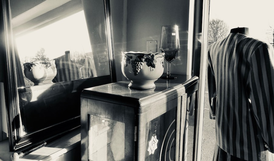 charity shop, home