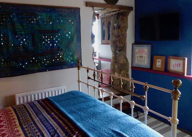 blue bedroom iron bedstead