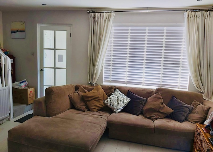 living area and sofas in lockdown