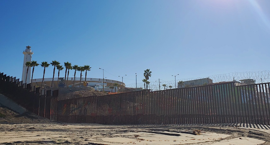 US border fence  between Mexico