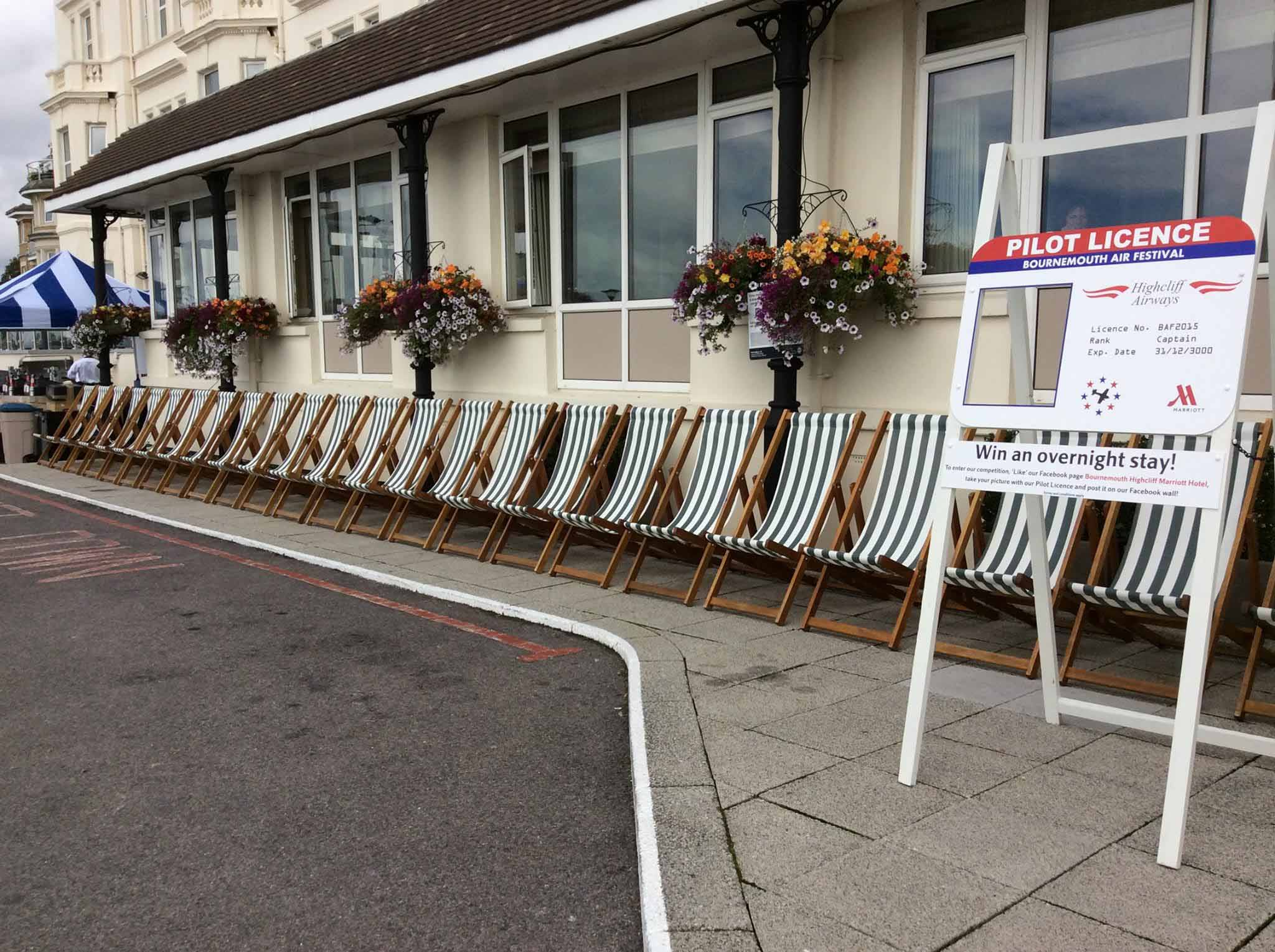 wedding chair cover hire bournemouth toilet height or standard deckchairs for any occasion anywhere deck chairs
