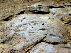 Bedrock milling boulder