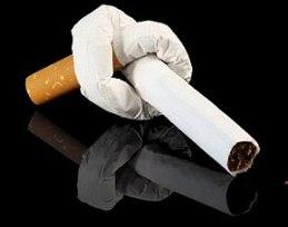 fumo-aumenta-rischio-cataratta