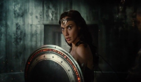 justice-league-movie-image-wonder-woman-600x311