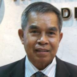 Assoc. Prof. Manat Chaisawat