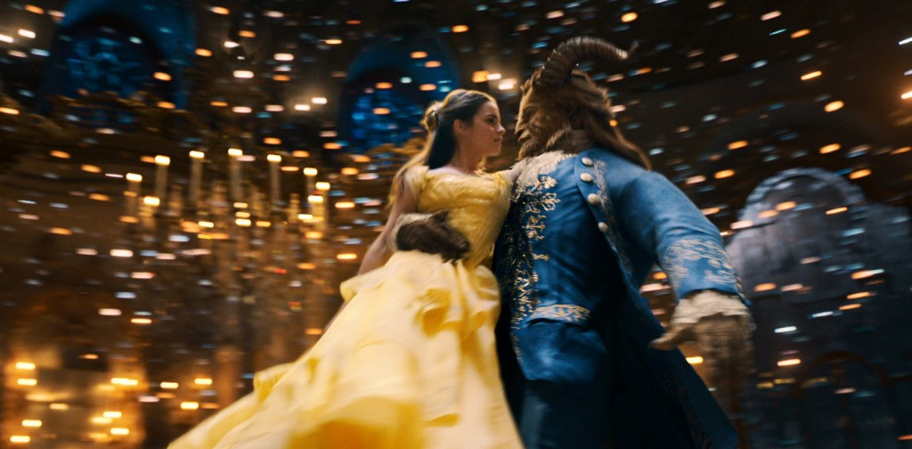 REVIEW FILEM : BEAUTY AND THE BEAST, MAGIS DAN KONTROVERSI