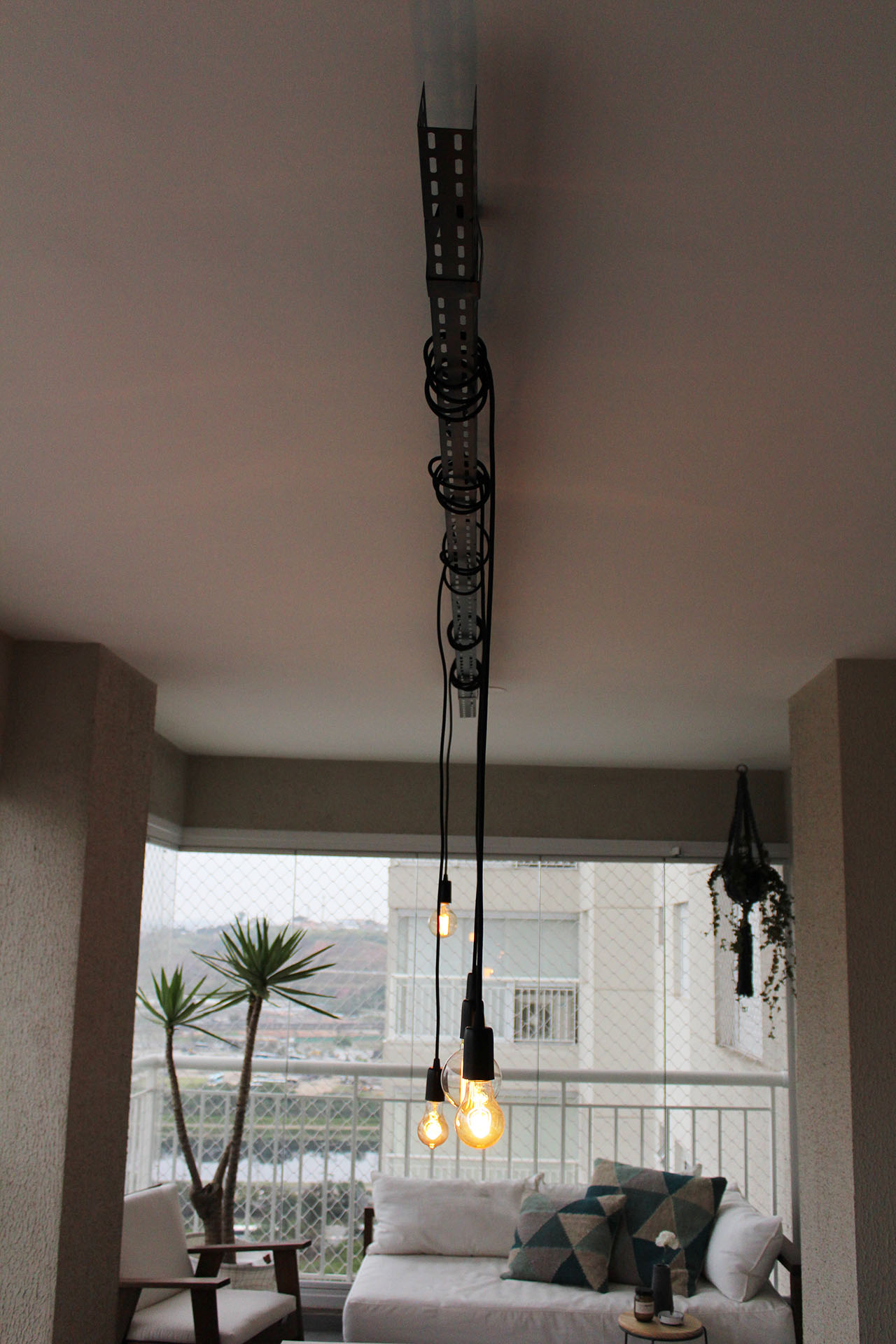 Iluminao com eletrocalha  Apartamento 203