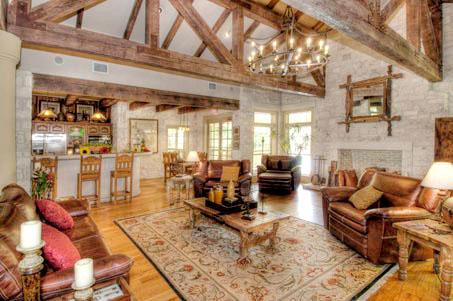 Rocking Horse Ranch  Luxury Austin Apartment