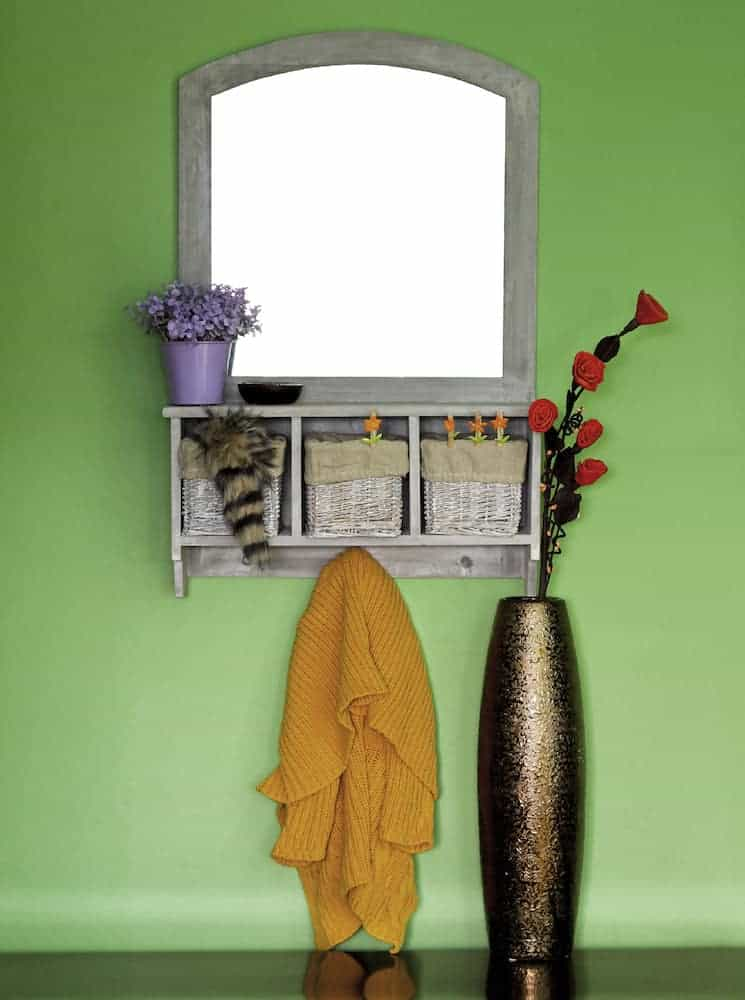 Small Apartment Decor A Guide to Decorating With Mirrors - Put One in Your Entryway