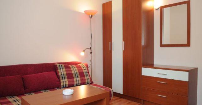 Apartment 6 (A-2+2)