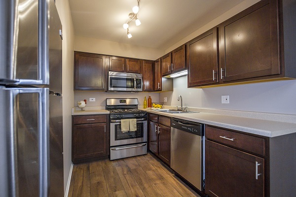 Apartments At The Greenway At Carol Stream Carol Stream