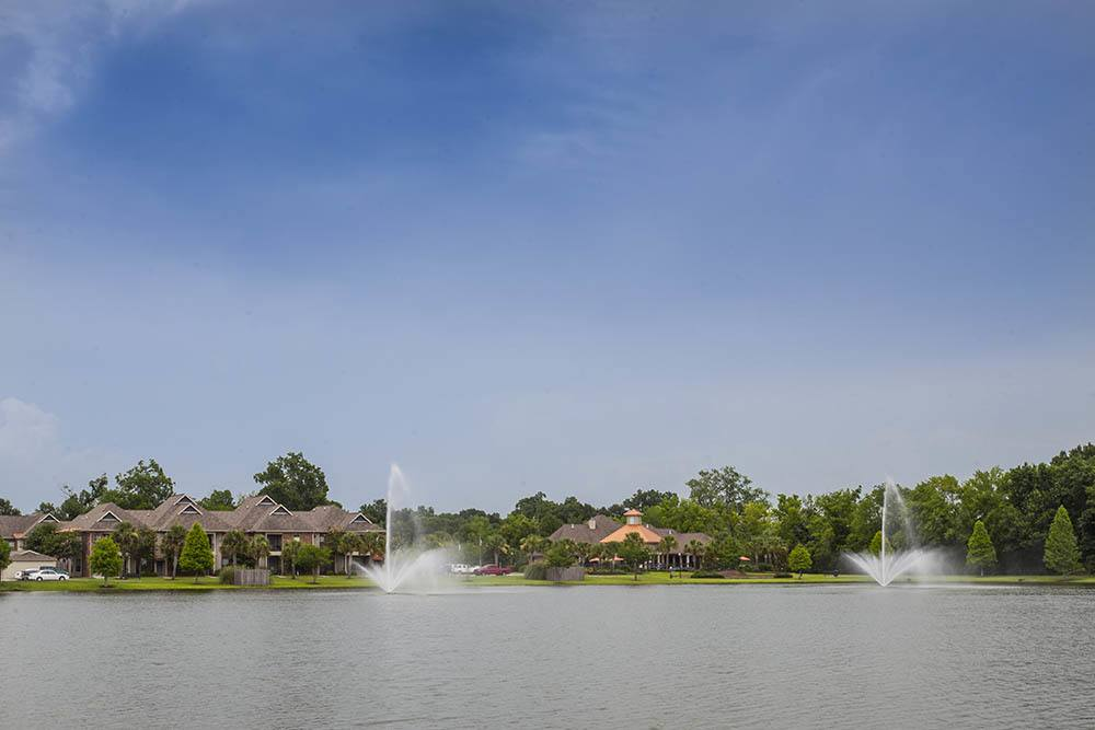 The Village at Fountain Lake Gonzales - (see pics & AVAIL)