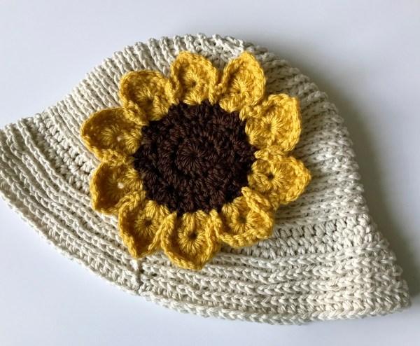Crochet Summer Hat with Sunflower, Free Crochet Pattern