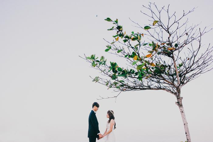 Destination Wedding photography at Kayu Manis Villas Bali Indonesia - bali wedding Photography - Lembongan Nusa Penida Photography - Profesional Photographers In Bali - Wedding - Prewedding - engagement (91)