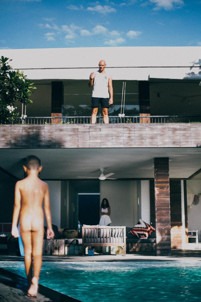 Bali Photography Service - Family Portrait - Bali Wedding Photography at Canggu Beach Bali - Apel photography (18)