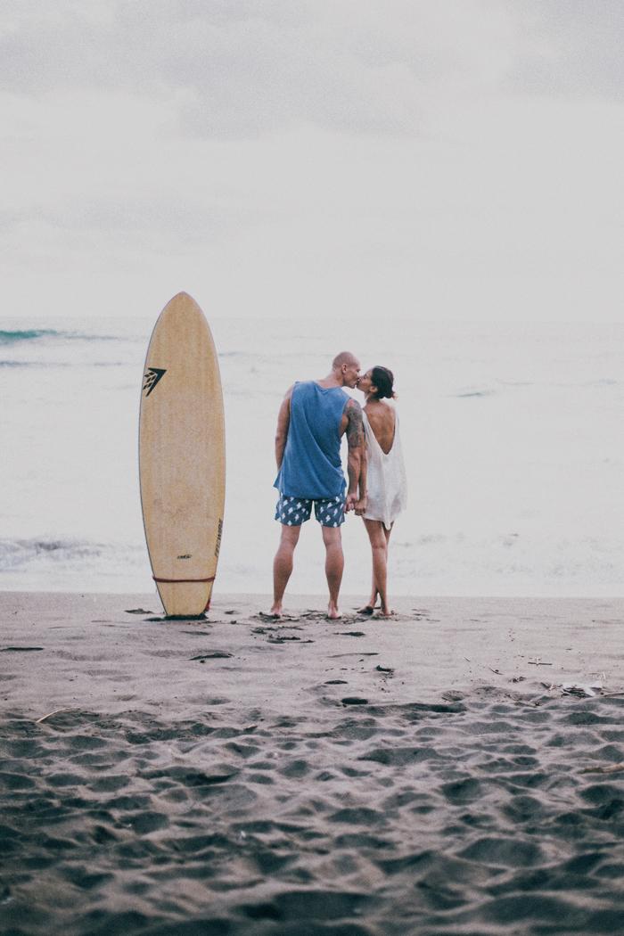 Bali Photography Service - Family Portrait - Bali Wedding Photography at Canggu Beach Bali - Apel photography (31)