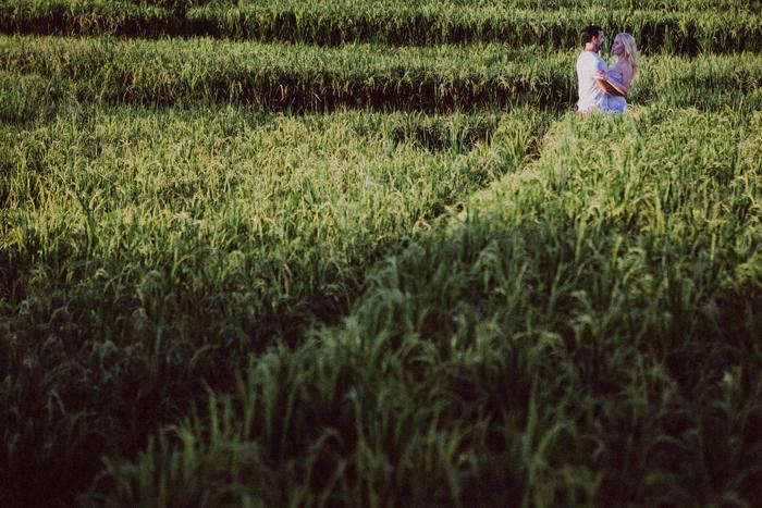 apelphotography - baliphotographers - weddingphotographers - honeymoonphotoinbali - postweddinginbali - baliweddingphotography (15)