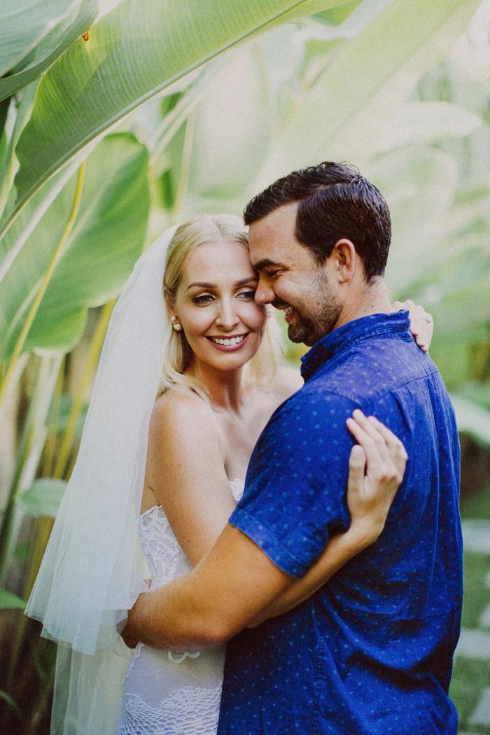 apelphotography - baliphotographers - weddingphotographers - honeymoonphotoinbali - postweddinginbali - baliweddingphotography (2)