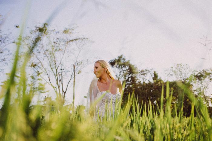 apelphotography - baliphotographers - weddingphotographers - honeymoonphotoinbali - postweddinginbali - baliweddingphotography (8)