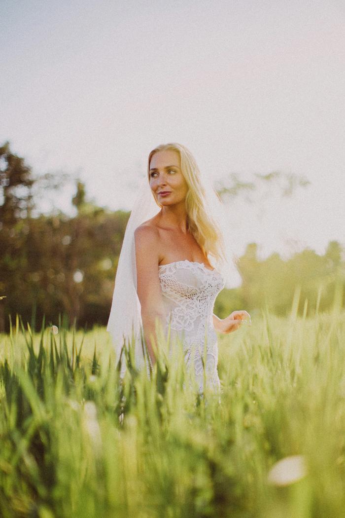 apelphotography - baliphotographers - weddingphotographers - honeymoonphotoinbali - postweddinginbali - baliweddingphotography (9)