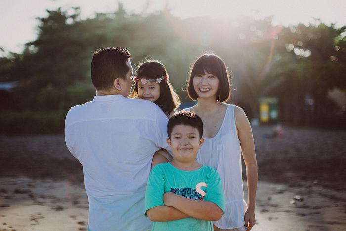 Familyphotography - familyportrait - baliphotography - baliphotographers - familyphoto (26)