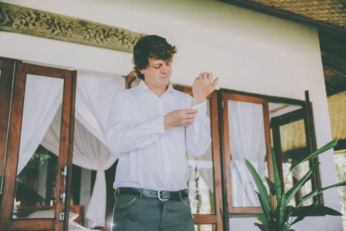 baliweddingphoto – weddingphotographers – destinationweddingbali – whitesandwedding – campuhanvillawedding – bestweddingphotographers (16)