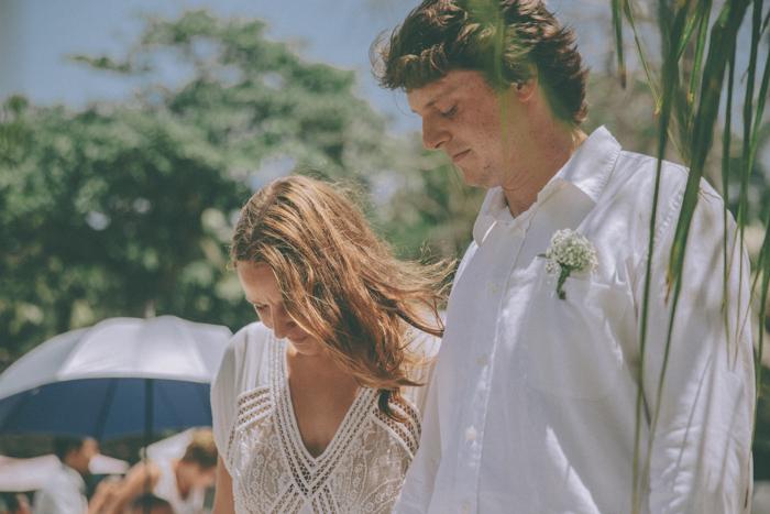 baliweddingphoto – weddingphotographers – destinationweddingbali – whitesandwedding – campuhanvillawedding – bestweddingphotographers (32)
