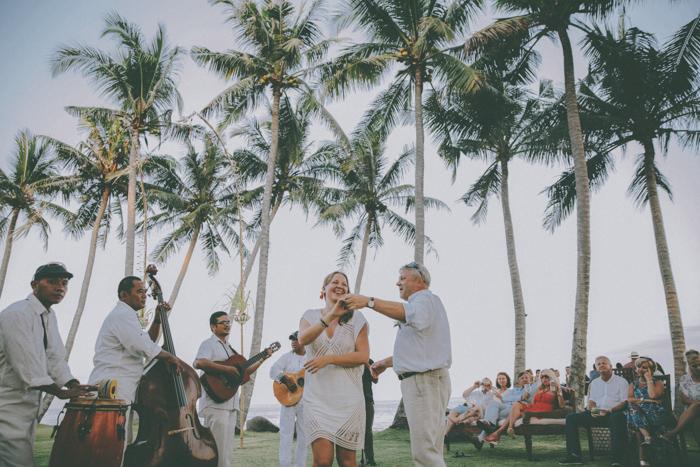 baliweddingphoto – weddingphotographers – destinationweddingbali – whitesandwedding – campuhanvillawedding – bestweddingphotographers (73)