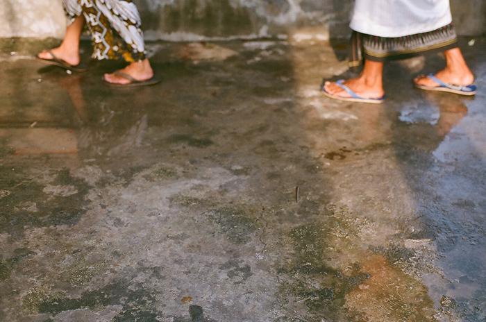 apelphotography-filmphotography-baliweddingphotography-baliwedding-filmweddingpgotography-pandeheryana-nikonF3 -canonEOS500-17